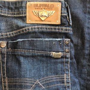 Men's buffalo jeans excellent 31x30.5
